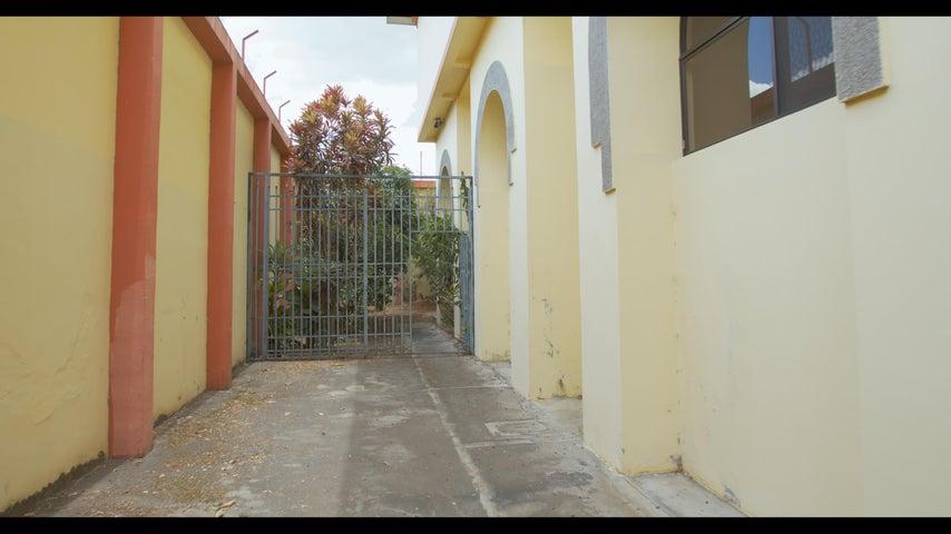 Casa San Jose>Rohrmoser>Pavas - Alquiler:6.000 US Dollar - codigo: 19-1397