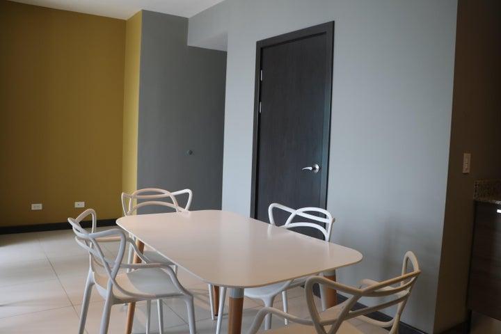 Apartamento Heredia>Ulloa>Heredia - Venta:179.500 US Dollar - codigo: 20-81