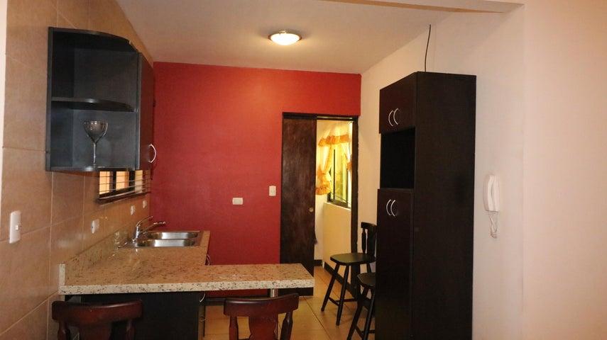 Apartamento San Jose>Curridabat>Curridabat - Venta:85.000 US Dollar - codigo: 20-90