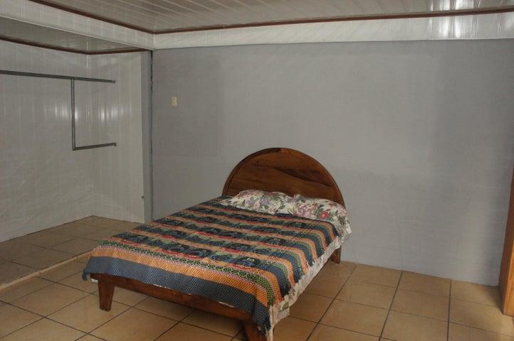Apartamento San Jose>La Uruca>San Jose - Alquiler:410 US Dollar - codigo: 20-128