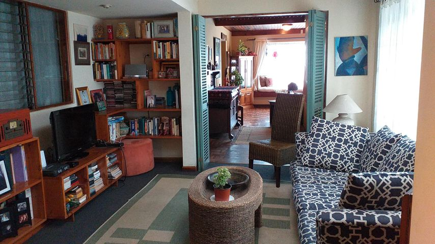 Casa San Jose>Rohrmoser>Pavas - Alquiler:1.200 US Dollar - codigo: 20-183