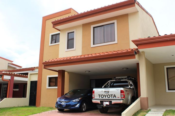 Casa Heredia>Santo Domingo>Santo Domingo - Venta:185.000 US Dollar - codigo: 20-225