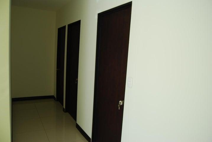 Apartamento San Jose>Pozos>Santa Ana - Alquiler:900 US Dollar - codigo: 20-274