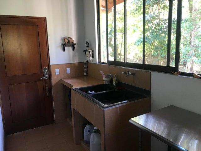 Casa San Jose>Ciudad Colon>Mora - Venta:350.000 US Dollar - codigo: 20-369