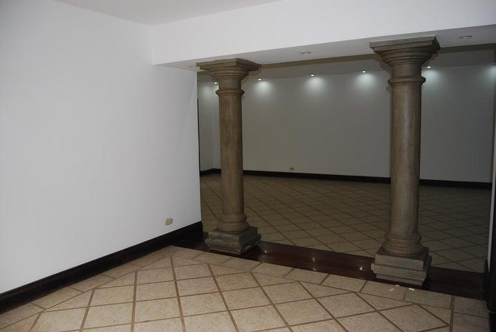 Casa San Jose>Pozos>Santa Ana - Alquiler:4.500 US Dollar - codigo: 20-392