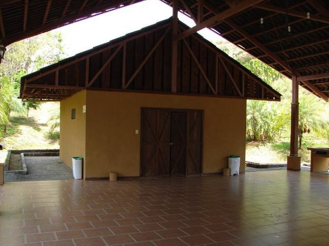 Terreno Puntarenas>Punta Leona>Garabito - Venta:85.000 US Dollar - codigo: 20-420