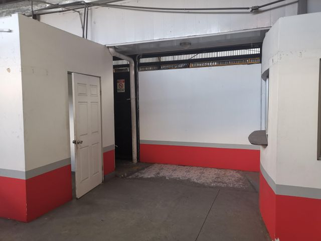 Bodegas San Jose>La Uruca>San Jose - Alquiler:10.000 US Dollar - codigo: 20-456