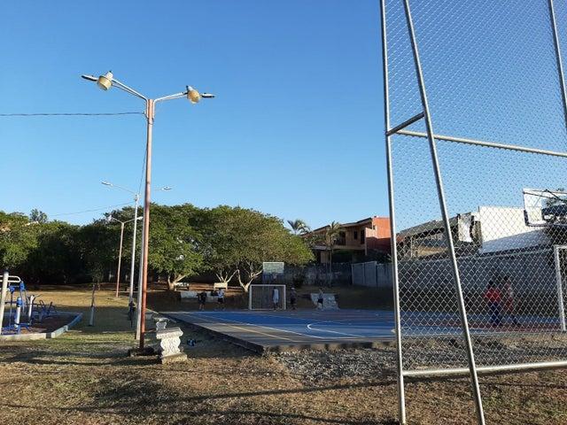 Terreno Heredia>Ulloa>Belen - Venta:140.000 US Dollar - codigo: 20-535