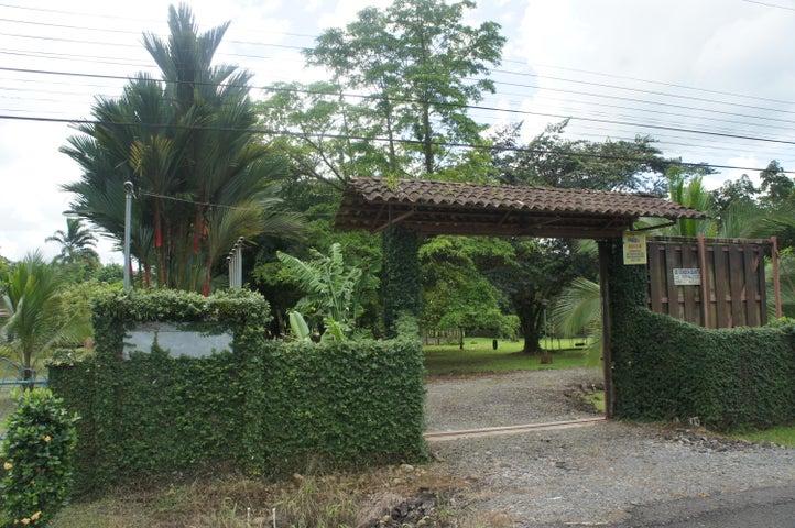 Terreno Heredia>Rio Frio>Sarapiqui - Venta:29.000 US Dollar - codigo: 20-580