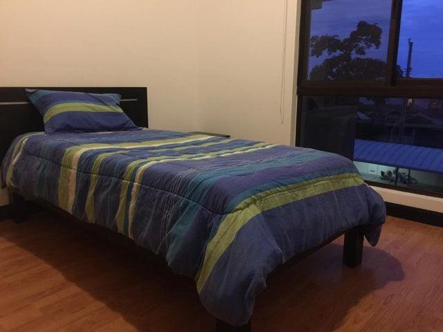 Apartamento San Jose>Rio Oro>Santa Ana - Venta:197.000 US Dollar - codigo: 20-810