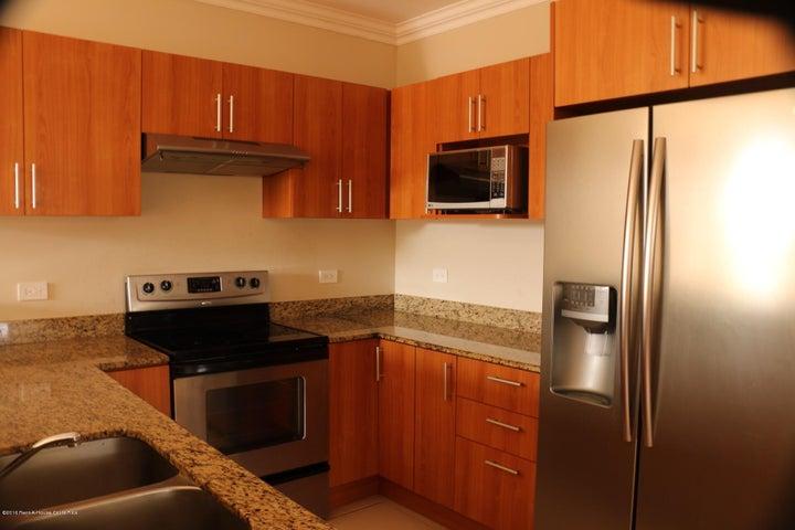 Apartamento Heredia>Belen>Belen - Venta:129.250 US Dollar - codigo: 20-869