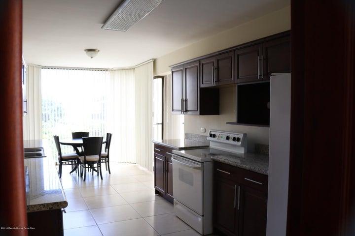 Apartamento San Jose>Escazu>Escazu - Venta:340.000 US Dollar - codigo: 20-874