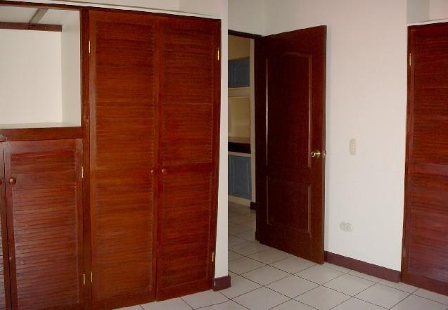 Apartamento San Jose>Pozos>Santa Ana - Venta:360.000 US Dollar - codigo: 20-890