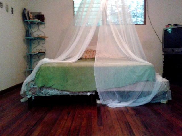 Casa San Jose>San Pedro>Montes de Oca - Venta:350.000 US Dollar - codigo: 20-908