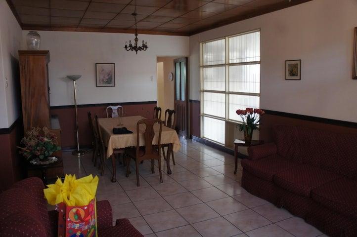 Casa Heredia>Santo Domingo>Santo Domingo - Venta:500.000 US Dollar - codigo: 20-909