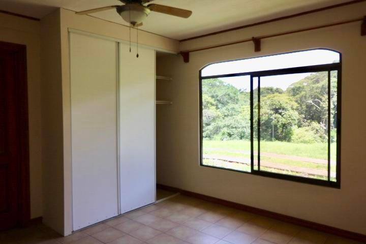 Casa Heredia>Santa Barbara>Santa Barbara - Venta:260.000 US Dollar - codigo: 20-947