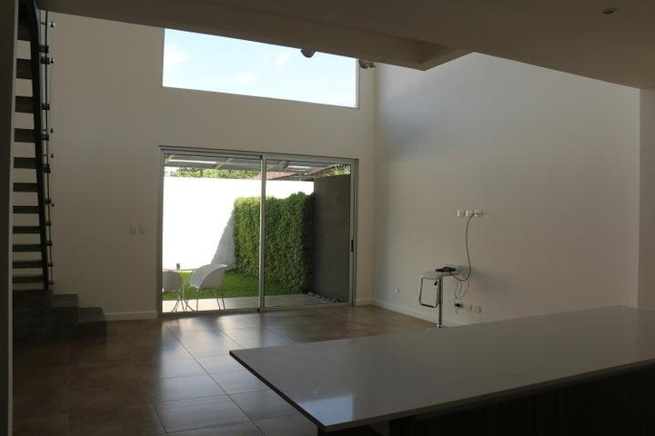 Casa San Jose>Santa Ana>Santa Ana - Venta:278.000 US Dollar - codigo: 20-972
