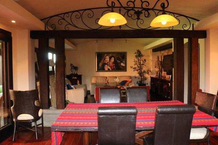 Casa San Jose>Guachipelin>Escazu - Venta:620.000 US Dollar - codigo: 20-986