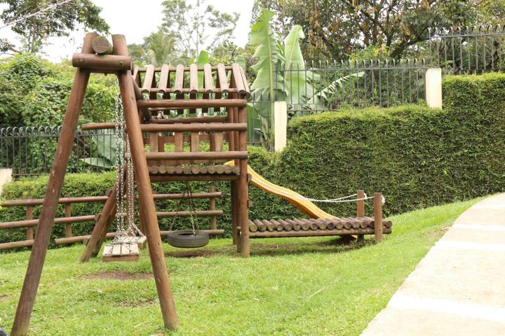 Casa San Jose>Escazu>Escazu - Venta:650.000 US Dollar - codigo: 20-987