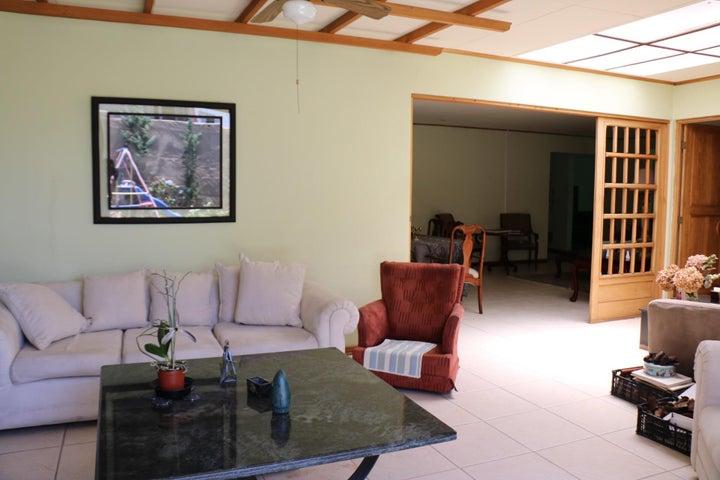 Casa San Jose>Sabana>San Jose - Venta:550.000 US Dollar - codigo: 20-1007
