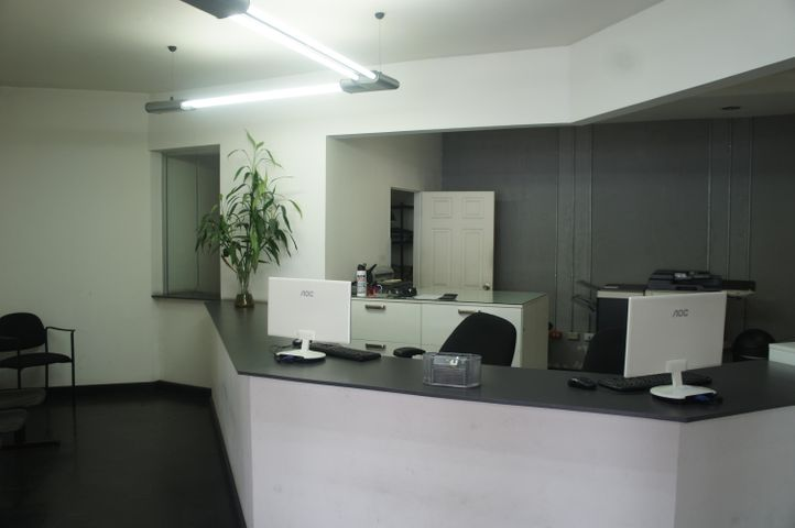 Local comercial San Jose>San Rafael Escazu>Escazu - Venta:100.000 US Dollar - codigo: 20-1120