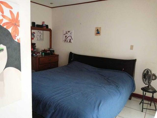 Casa Cartago>Concepcion - La Union>La Union - Venta:120.000 US Dollar - codigo: 20-1623