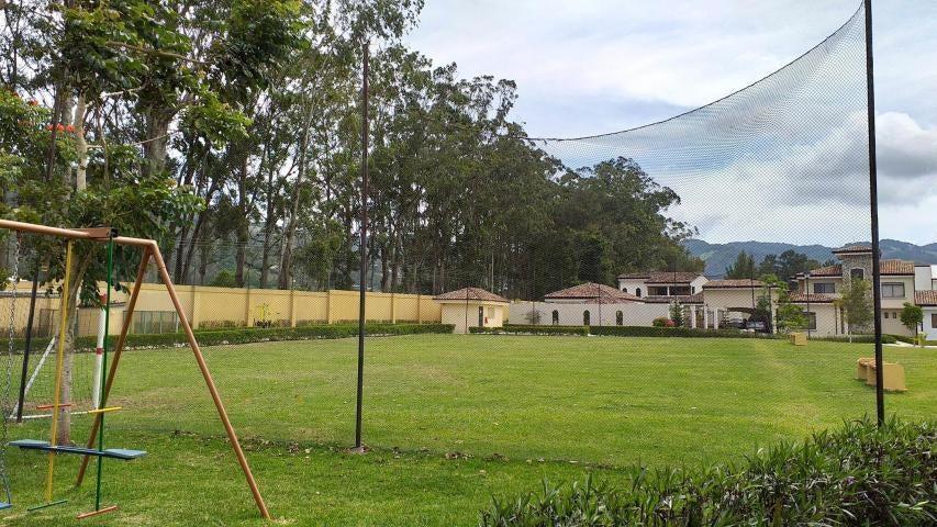 Casa Cartago>El Tejar>El Guarco - Venta:149.000 US Dollar - codigo: 20-1697