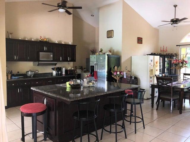 Casa Puntarenas>Esterillos Este>Garabito - Venta:350.000 US Dollar - codigo: 20-1702