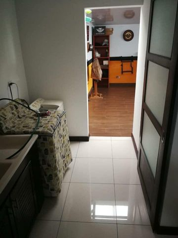 Casa Alajuela>El Coyol>Alajuela - Venta:320.000 US Dollar - codigo: 20-1709