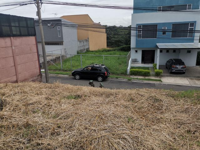 Terreno San Jose>Brasil de Santa Ana>Santa Ana - Venta:71.000 US Dollar - codigo: 20-1711