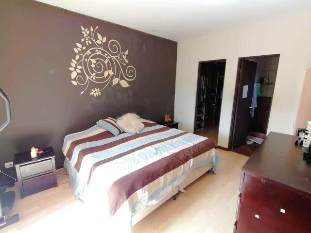 Casa San Jose>Piedades>Santa Ana - Venta:195.000 US Dollar - codigo: 20-1637
