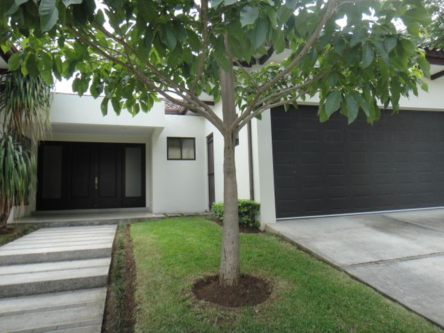 Casa San Jose>Santa Ana>Santa Ana - Venta:580.000 US Dollar - codigo: 20-1799