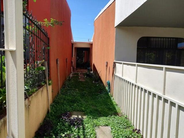 Casa Heredia>Barva de Heredia>Barva - Venta:148.300 US Dollar - codigo: 20-483