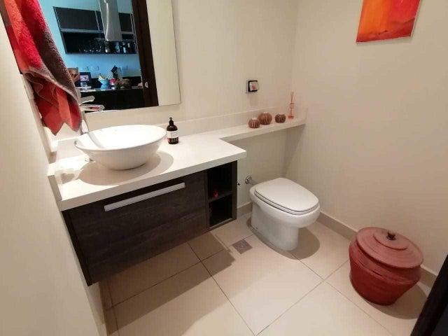 Apartamento San Jose>Santa Ana>Santa Ana - Venta:150.000 US Dollar - codigo: 20-1854