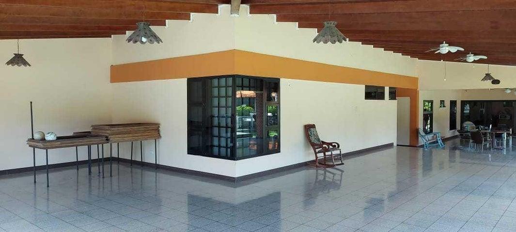 Casa Alajuela>Turrucares>Alajuela - Venta:490.000 US Dollar - codigo: 20-1911