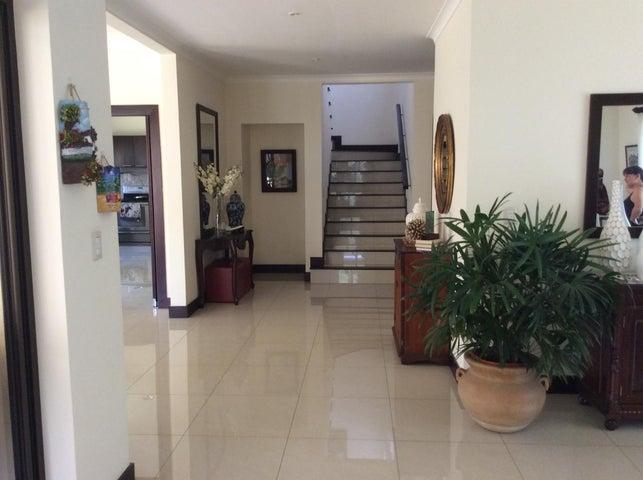 Casa San Jose>Santa Ana>Santa Ana - Alquiler:5.000 US Dollar - codigo: 20-2121