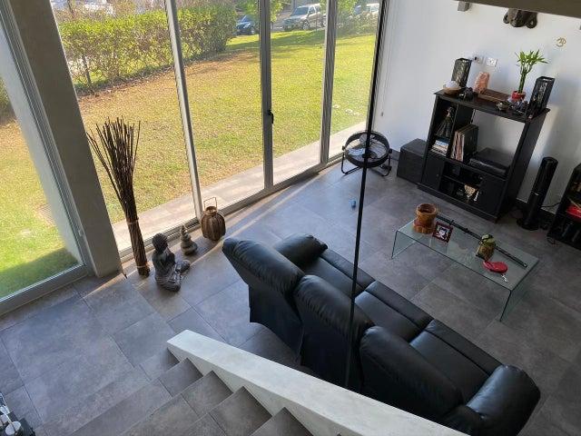 Apartamento San Jose>San Rafael Escazu>Escazu - Venta:180.000 US Dollar - codigo: 20-2160