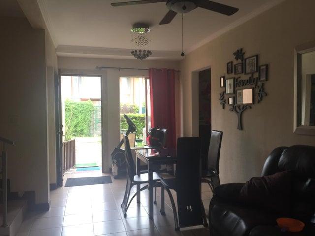 Casa San Jose>Piedades>Santa Ana - Venta:128.000 US Dollar - codigo: 21-59