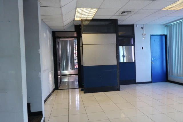 Edificio San Jose>San Jose>Pavas - Venta:580.000 US Dollar - codigo: 21-78