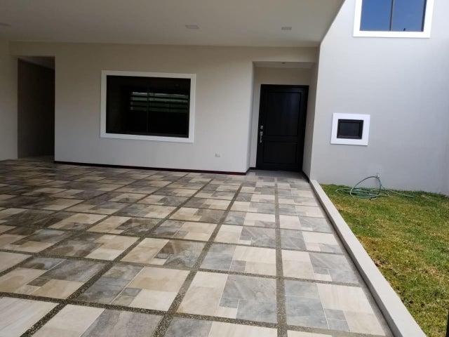 Casa Heredia>Santo Domingo>Santo Domingo - Venta:260.000 US Dollar - codigo: 21-117