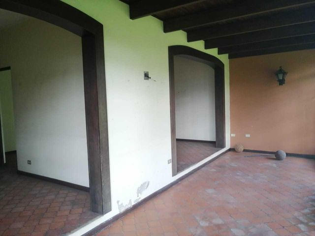 Casa Heredia>Heredia Centro>Heredia - Venta:600.000 US Dollar - codigo: 21-142