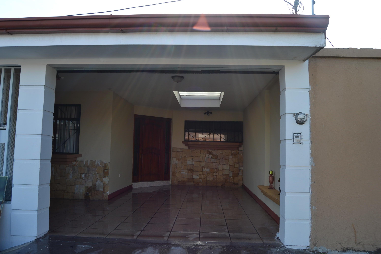 Casa Heredia>San Francisco de Heredia>Heredia - Venta:164.000 US Dollar - codigo: 21-162