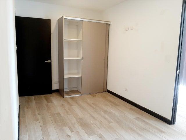 Apartamento San Jose>Santa Ana>Santa Ana - Alquiler:400 US Dollar - codigo: 21-171