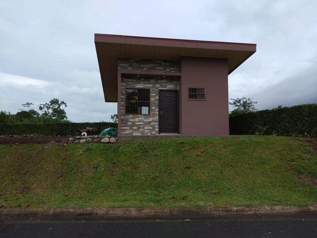 Casa Alajuela>La Fortuna>San Carlos - Alquiler:600 US Dollar - codigo: 21-207