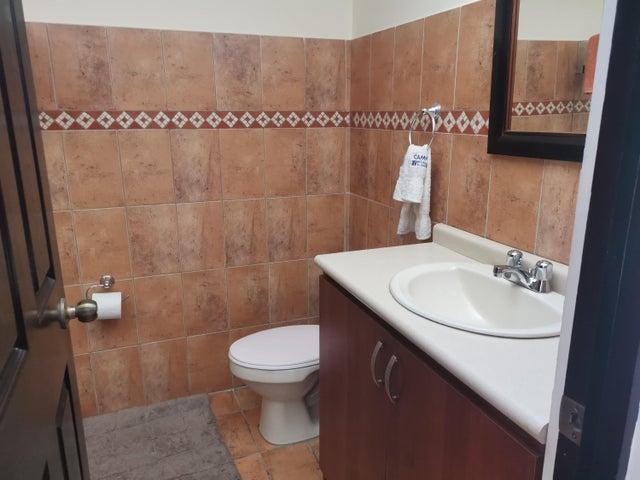 Casa San Jose>San Antonio>Desamparados - Venta:199.000 US Dollar - codigo: 21-216