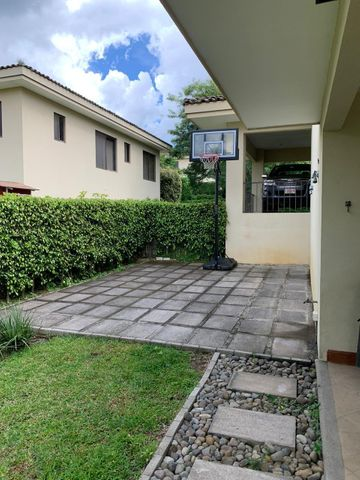 Casa San Jose>San Antonio>Escazu - Venta:790.000 US Dollar - codigo: 21-225