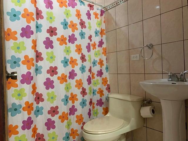 Casa San Jose>Piedades>Santa Ana - Venta:498.000 US Dollar - codigo: 21-245