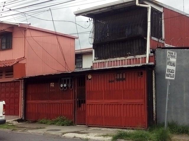 Casa San Jose>Alajuelita>Alajuelita - Venta:100.000 US Dollar - codigo: 21-268