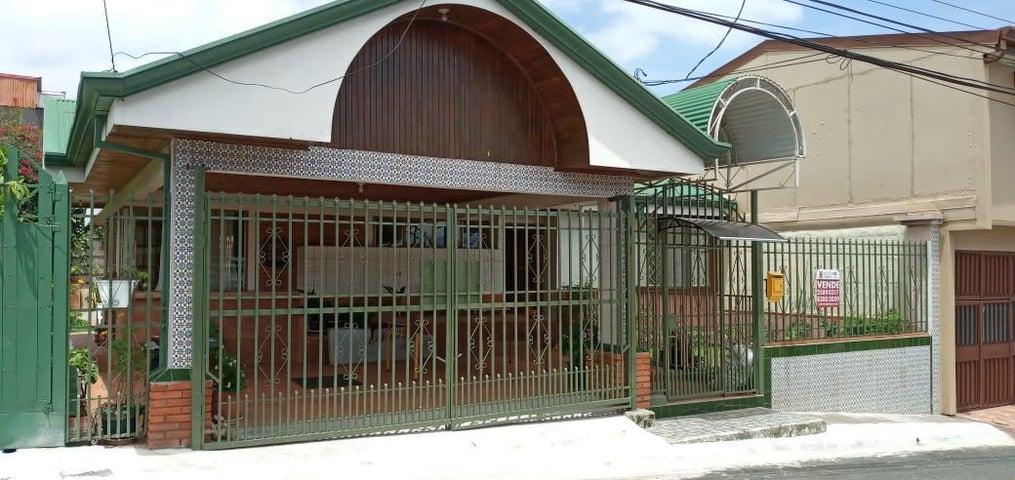 Casa Heredia>San Francisco>Heredia - Alquiler:900 US Dollar - codigo: 21-478