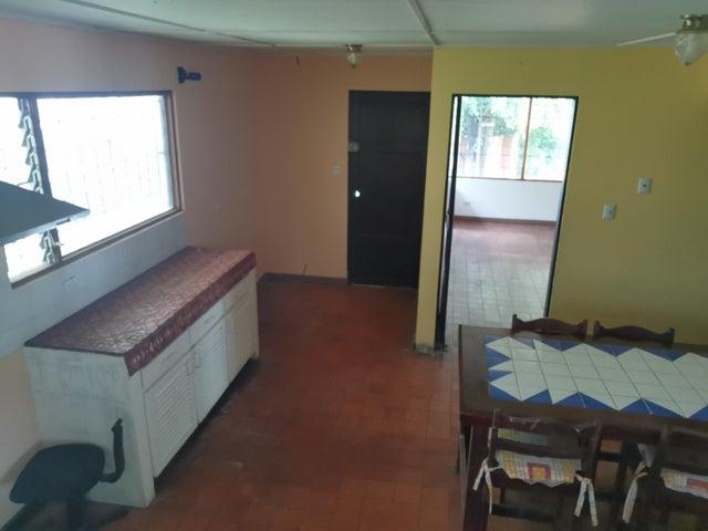 Casa San Jose>Escazu>Escazu - Venta:450.000 US Dollar - codigo: 21-487